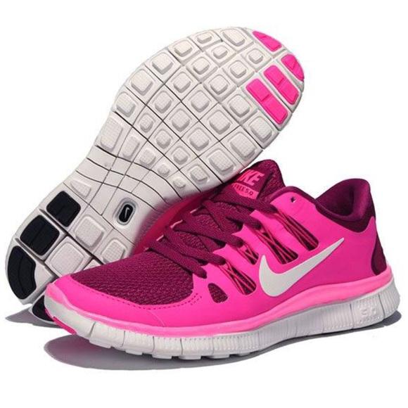nike rosa pulito le scarpe da ginnastica poshmark libero 50 lampone
